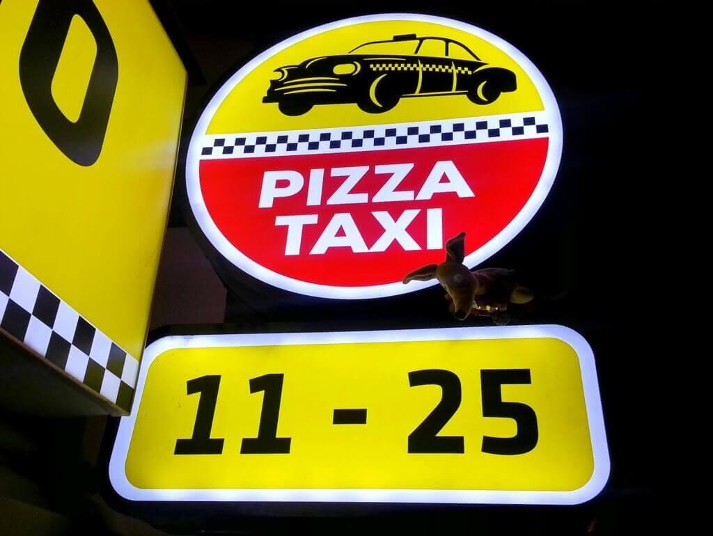 Ryjek i Pizza Taxi 11-25